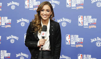 cassidy hubbarth stays with espn, gets twitter nba show