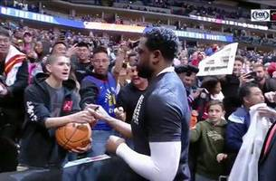 Must see: Dwyane Wade fans come out in full force for One Last Dance in Denver