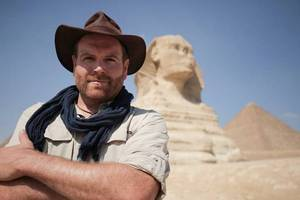 discovery to open egyptian sarcophagus in 2-hour live tv event
