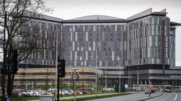Holyrood committee begins Scottish hospital safety inquiry