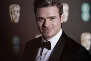richard madden will be back on our screens soon with a bodyguard red nose day special