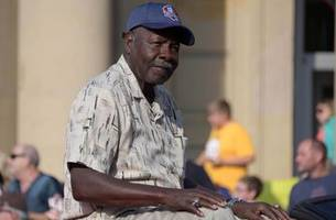 hall of famer emmitt thomas retires as chiefs db coach after 51 nfl seasons