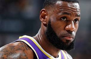 cris carter on lebron james: 'he can't be the best player in the world and not be playing in the playoffs'