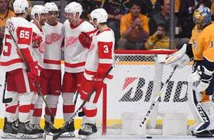 red wings end three-game skid with 3-2 victory over predators