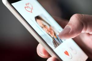Valentine's Day 2019: East Midlands revealed to have the highest proportion of online daters in UK
