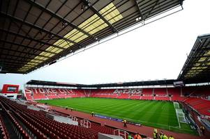 Fans launch campaign to have greats Gordon Banks and Sir Stanley Matthews honoured by Stoke City