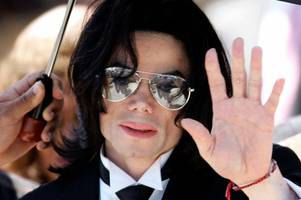 michael jackson 'alive and planning comeback' claim his pals as they back wacky theory