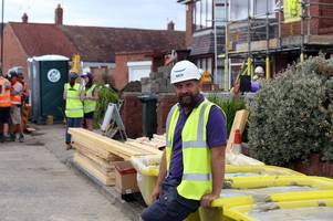 nick knowles is full of praise for cornwall as diy sos continues in carbis bay