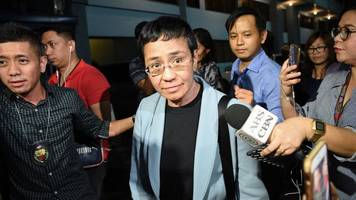 maria ressa: head of philippines news site rappler freed on bail