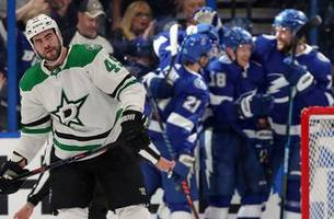 andrei vasilevskiy's 17th career shutout lifts lightning to explosive 6-0 victory over stars at home