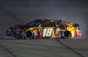 Kyle Busch upset with Jimmie Johnson after spin in the first Duel | 2019 DAYTONA 500 | FOX NASCAR