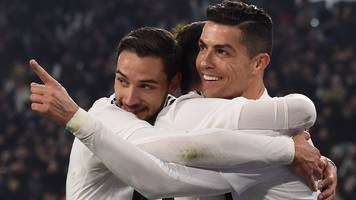 Ronaldo scores as Juventus go 14 points clear at top