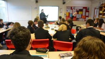 Law 'puts teacher and pupil safety at risk'