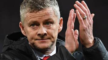 Ole Gunnar Solskjaer: Manchester United won't panic after PSG defeat