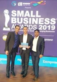 yaantra bags 'fastest growing small business of the year' award