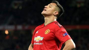 Alexis Sanchez: Manchester United winger 'worried' because people have not seen best of him