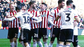 sheffield united 4-0 reading: blades go second with routine win royals win