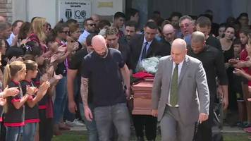 Emiliano Sala: Mourners pay tribute to coffin in Argentina