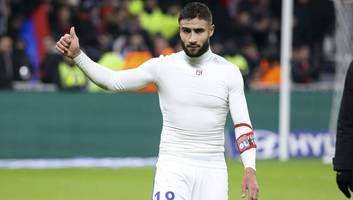 Lyon President Confirms Liverpool & Chelsea Target Nabil Fekir Is Close to Signing New Contract