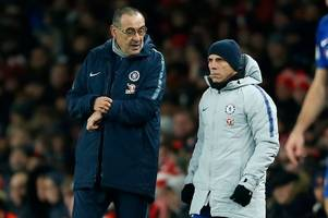 gianfranco zola sends a message to chelsea fans over maurizio sarri ahead of man united clash