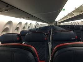 delta is the first us airline to fly the new airbus a220 jetliner. here are its coolest features. (dal)