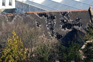 Police update on massive fire at Rainbow Fun House as roads remain closed