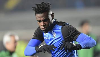 West Ham Face Competition From Inter as €50m-Rated Striker Duvan Zapata Is Put Up for Sale