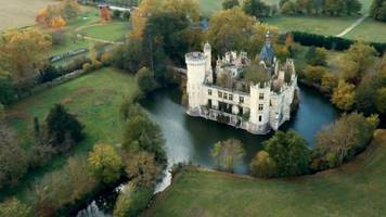 The French château you part own for €50
