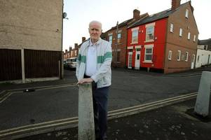 illegally parked cars block dying derbyshire grandpa's ambulance