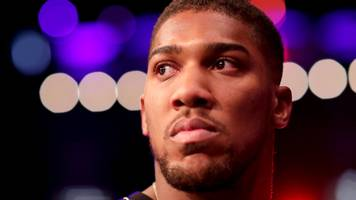 anthony joshua: deontay wilder or tyson fury fight would not be held up