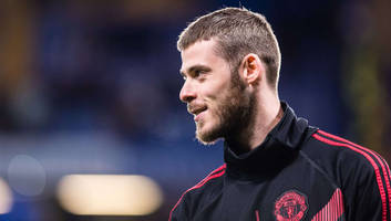 man utd grow concerned over david de gea contract extension fees as agent demands hold up deal