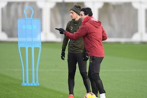 unai emery reveals what he has asked from mesut ozil before he can return to the arsenal xi