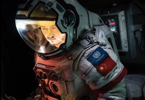 china's blockbuster the wandering earth is coming to netflix