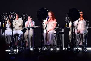 Jess Glynne's 'incredible' BRIT Awards 2019 performance while removing make-up