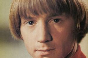 monkees singer dies at 77: 'daydream believer' peter tork loses fight after 10-year cancer battle