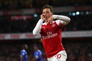 mesut ozil sends message to arsenal fans after unai emery tells him how to win his place back
