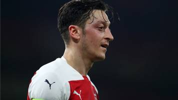 ozil rotation will continue, says arsenal boss emery