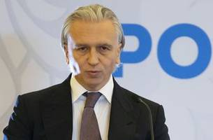 Gazprom executive takes over Russian soccer federation