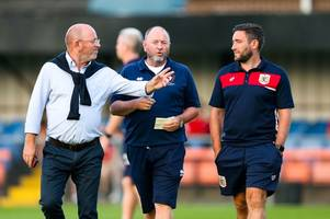 bristol city boss lee johnson's brilliant response when asked about his dad by the bbc