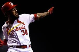 cardinals extend josé martínez to two-year pact