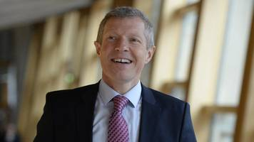 scottish liberal democrats: rennie issues appeal to rival politicians