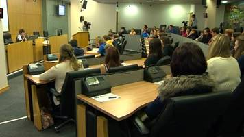 Welsh Youth Parliament: Assembly 'turns reins' over to young people