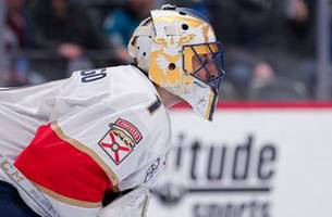 roberto luongo moves into 3rd on nhl's all-time goaltending wins list in panthers' ot victory over avalanche