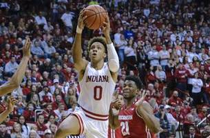 Langford scores 22 as Indiana upsets No. 19 Wisconsin in thrilling double-OT win