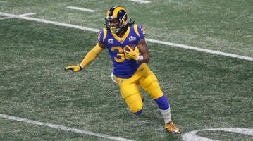 report: rams rb todd gurley diagnosed with arthritis in knee
