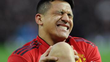 man utd forward sanchez ruled out for up to six weeks