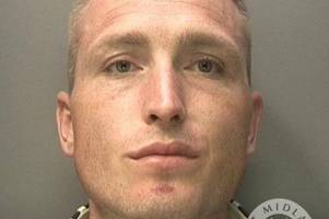 bungling aldi shoplifter who rammed into dudley police gets prison term