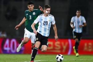 'foyth fc' - spurs fans are feeling proud as defender is included in the argentina squad again