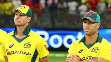 australia leave steve smith and david warner out of odi squad to play pakistan
