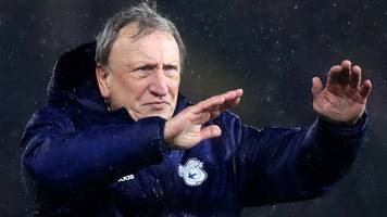cardiff city: neil warnock denies player rift after three straight losses